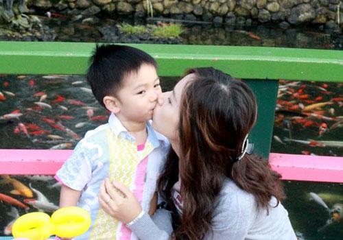 kiss Edison