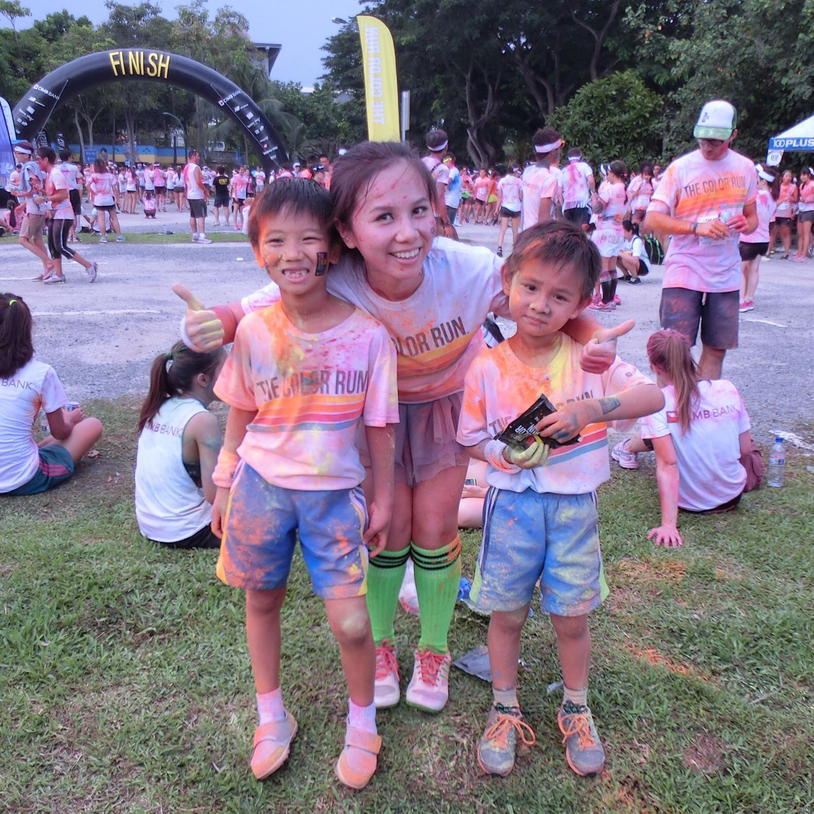 2014年带俩娃去参加color run