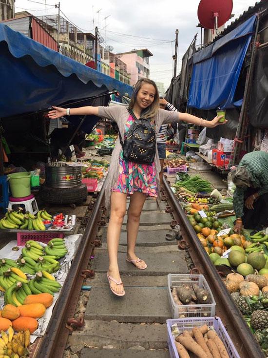 泰国曼谷铁道市场